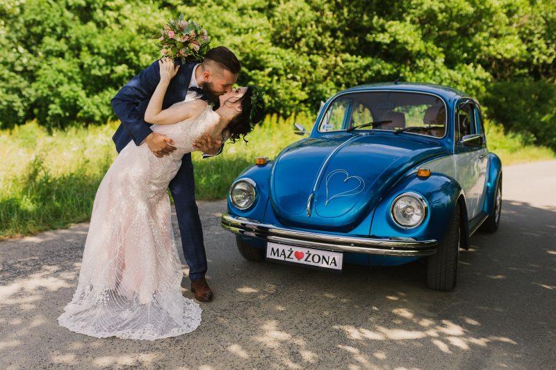 Piękny ślub w zabytkowym kościółku w Klimkówce  / Sesja plenerowa na zamku w Mosznej